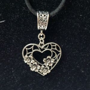 Heart shaped necklace 20 inch